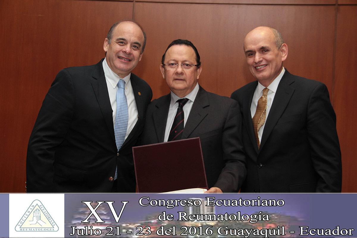 xv-congreso-ecuatoriano-de-reumatologia-016