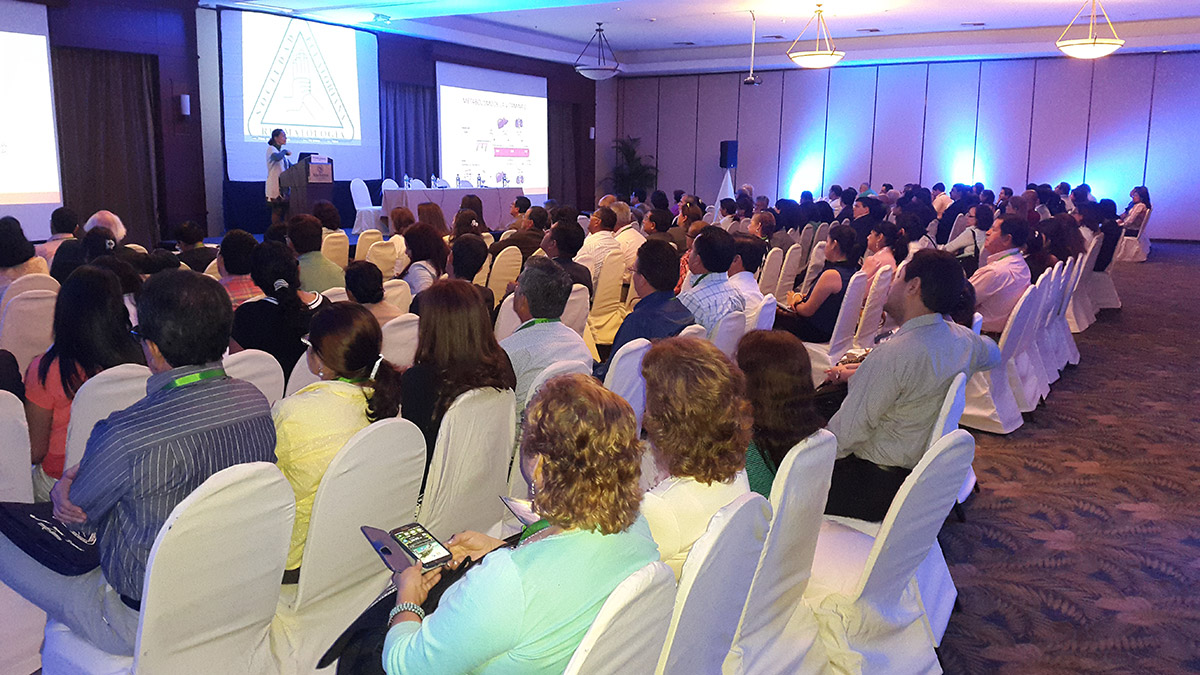 curso-internacional-de-osteoporosis-2015-guayaquil-05